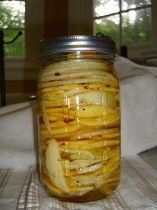 Pickling apple and onion